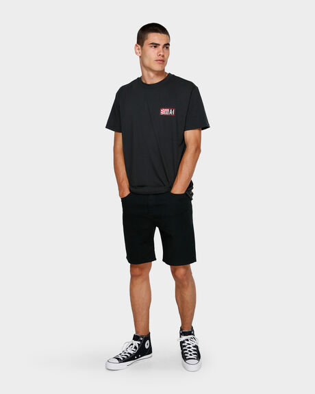 ANDY IRONS STAMP TEE