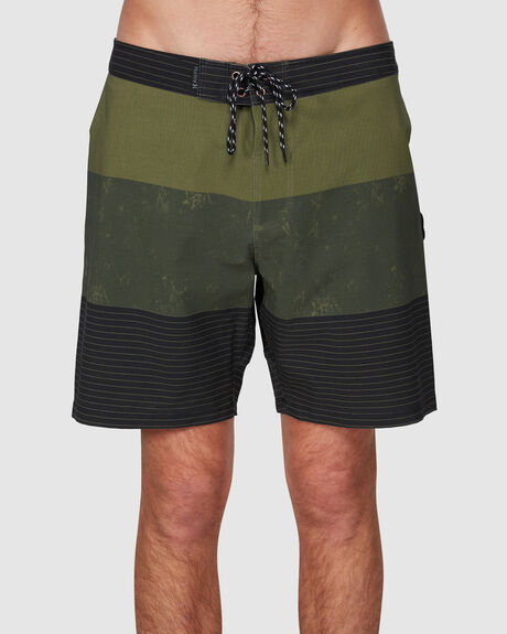 PHANTOM BRIGADE 18IN  BOARDSHORT